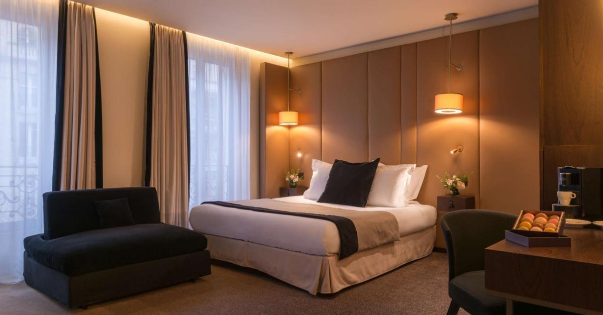 Paris - La Bourdonnais - room