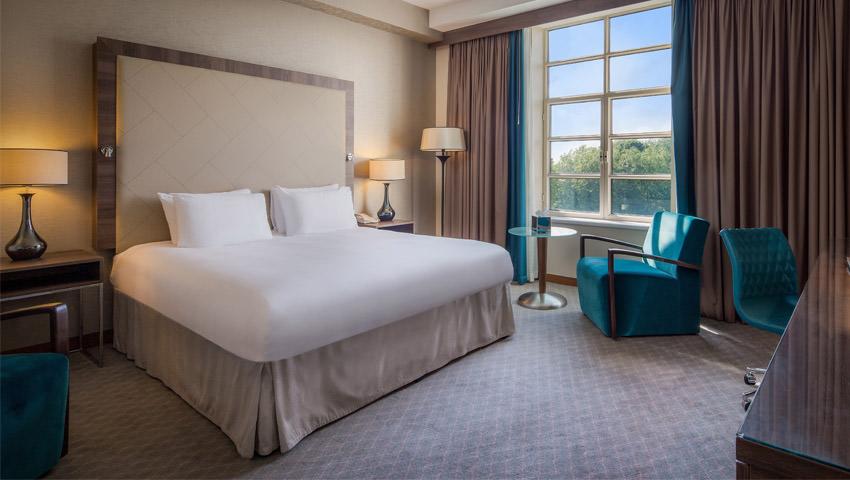 Cardiff - Hilton - inside room